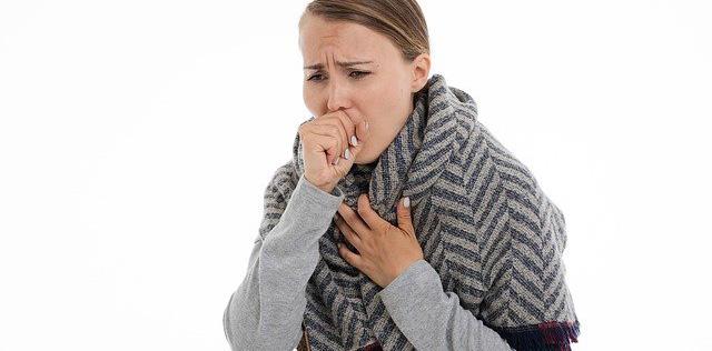 Calmer une toux seche